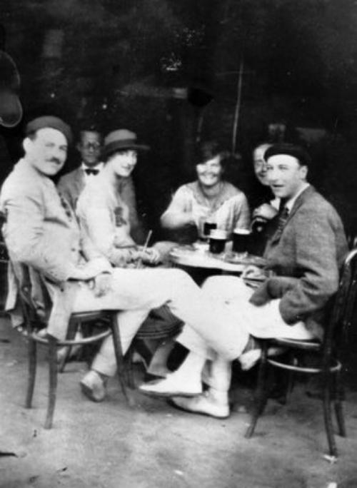 Hemingway-in-Paris_zps43d437ec